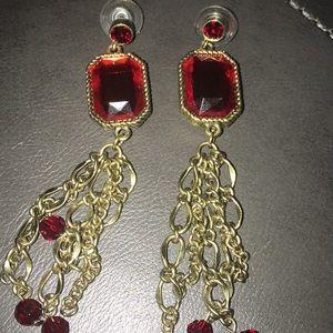 ♥️Vintage Ruby Red Chandler Earrings ❤️ 💥NWOT💥